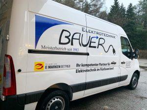 Servicefahrzeug_Bauer Elektrotechnik Gilching_Opel Movano-seitlich
