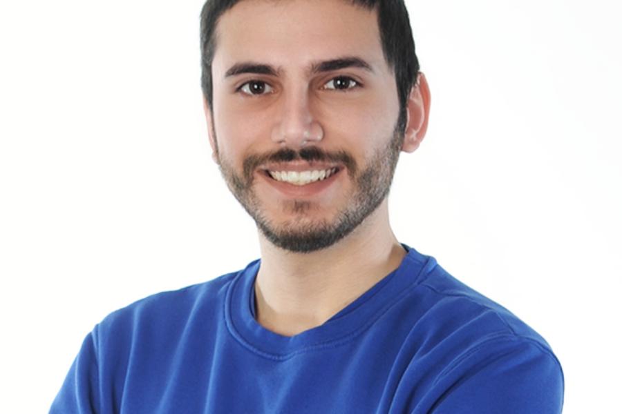 Tarik Yilmaz setzt seine Ausbildung zum Elektroniker, Fachrichtung Energie- und Gebäudetechnik, bei Bauer Elektrotechnik fort